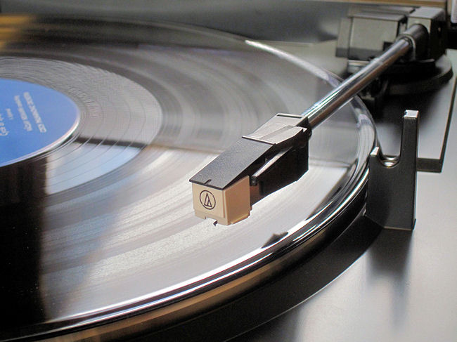 レコードプレーヤーAT-PL300(カートリッジとトーンアーム)